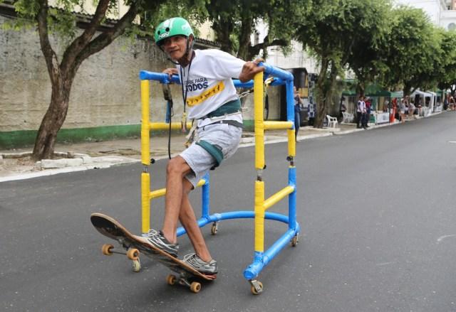 Protótipo de skate adaptado para pessoas com deficiência — Foto: Alessandra Serrão/Comus