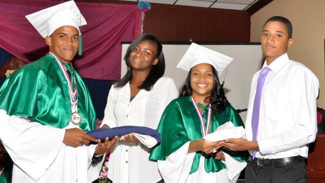 Hogar del Niño graducion
