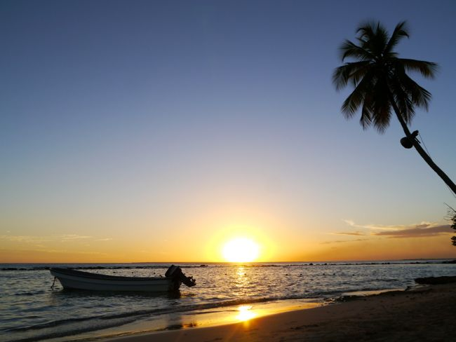Sunset_Minitas_beach