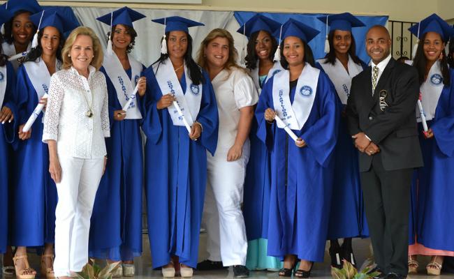 Fundación MIR Graduation