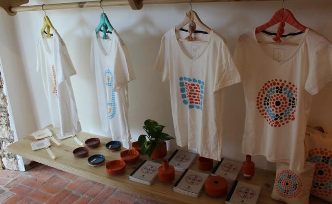 La Tienda, Shirts