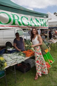 andi lew at organic fresh food markets