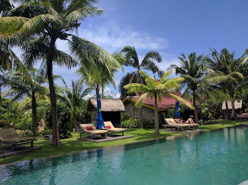 Desa Seni Pool