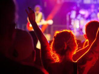 El amor que nos venden las canciones.Punto de Información Juvenil del Ayuntamiento de San Andrés y Sauces
