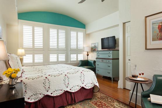 Granada Bedroom