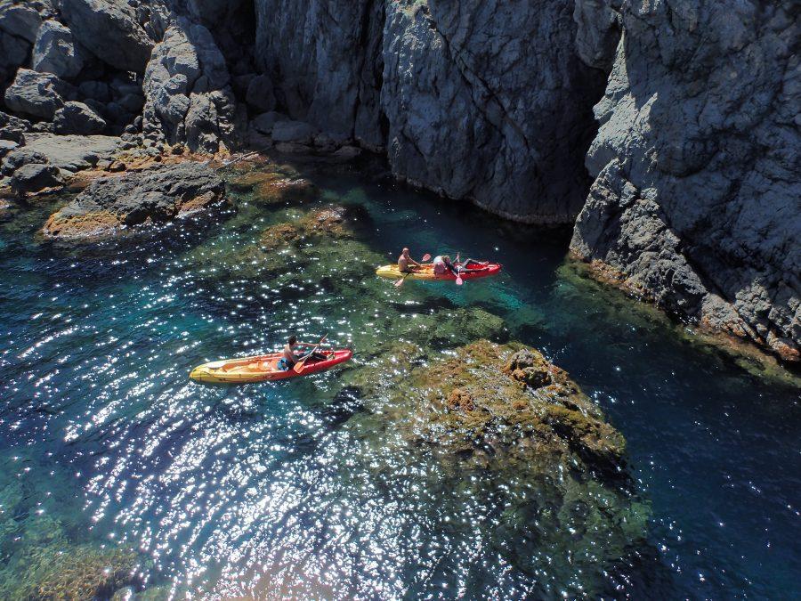 Kayak de mer à Galéria en Corse