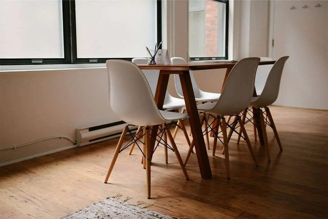 Il tavolo in vetro è un elemento molto elegante e raffinato; Sedie Da Soggiorno Di Design Le 10 Migliori In Vendita Online Casa E Bimbi