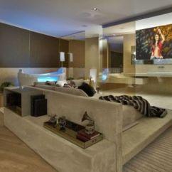 Sofas Modernos Para Sala De Tv Faux Leather Corner Uk Moderna 30 Ideias Incriveis Como Decorar O Que Voce Acha Da Com Uma Decoracao Ao Gosto Familia Ambiente Vai Ser Um Otimo Espaco Todos Possam Se Reunir
