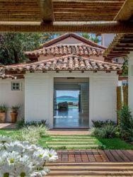 casas antigas casa praia fachadas beach brazil buzios brasil cozy decoracao mauro arquiteto cid lindas reformas bungalow jardim gramado gramineas