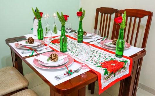 Mesa de Natal simples e barata – 65 dicas para montar e decorar!