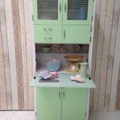 Free Standing Kitchen Larder Cupboards Flooring Options Vinyl Armário De Cozinha Antigo: Veja Modelos E Dicas Para Usar ...