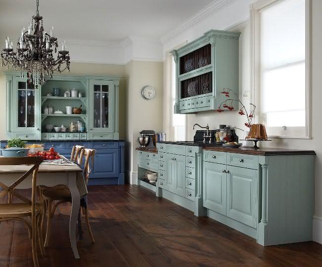 Armrio de Cozinha Antigo veja modelos e dicas para usar