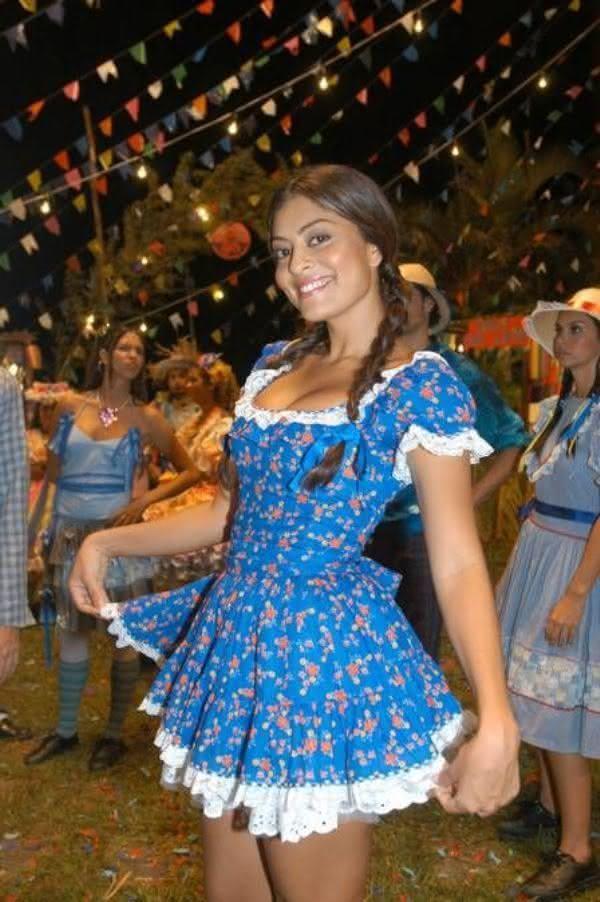 Vestido junino curto de Juliana Paes