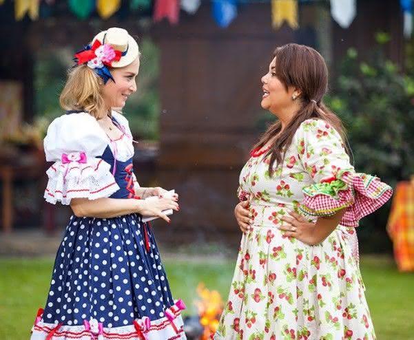 Vestidos caipiras de Angélica e Fabiana Karla.