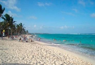 Rocky Cay Beach