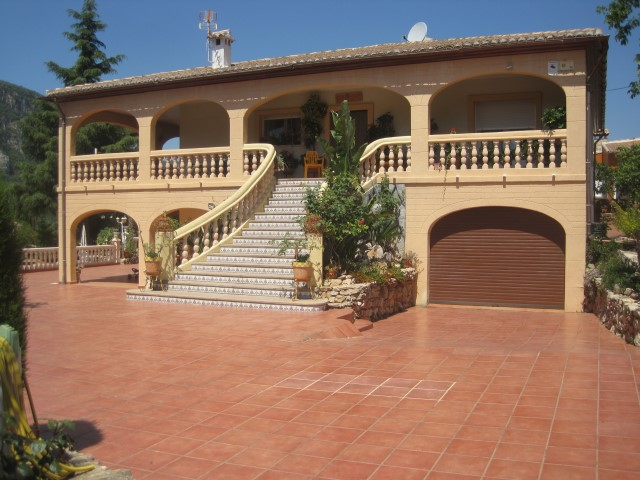 Villa-Antonio-1428clf-villa-for-sale-La-Drova 1