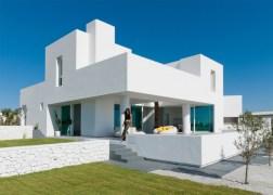summer-house-in-santorini_kapsimalis-architects_dezeen_1568_6-936x669