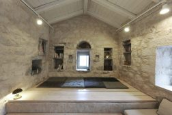 mani-tower-house-in-greece-from-z-level-studio-23-980x653