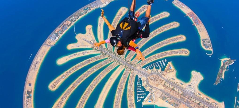 Saltar de paraquedas em Dubai