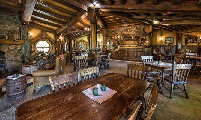 Inside Green Dragon Inn