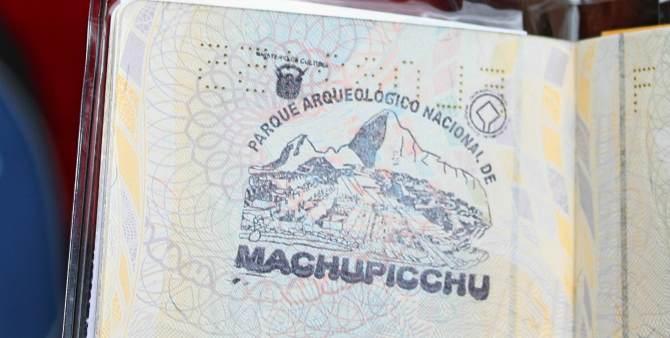 Carimbo no passaporte em Machu Picchu