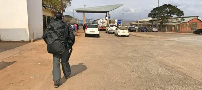 Cruzando a fronteira da Suazilândia para Durban, na África do Sul