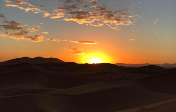 Por do sol no Deserto do Saara