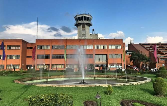 do aeroporto ao centro de Kathmandu