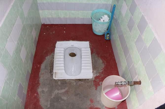 como são os banheiros na Índia