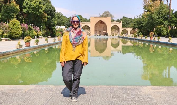 como se vestir no irã