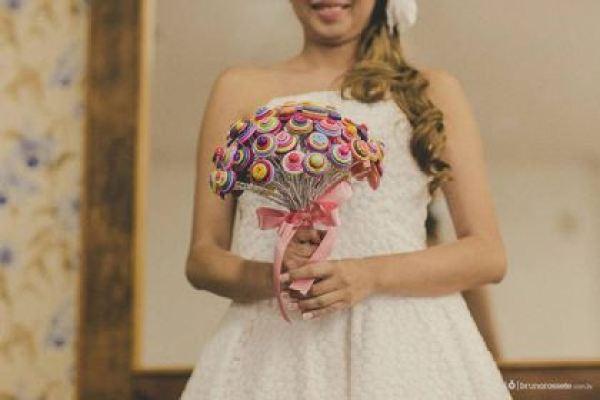 casamento-economico-sem-grana-buque-botoes-colorido (11)