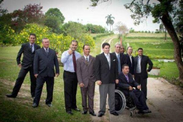 casamento-economico-chacara-campinas-sao-paulo-decoracao-amarela-e-verde (10)