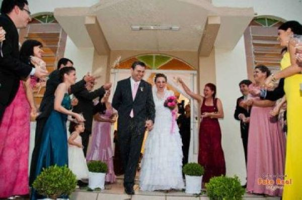 casamento-economico-12-mil-santa-catarina-decoracao-rosa-e-branca-faca-voce-mesmo (22)