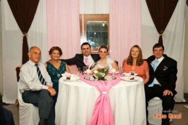 casamento-economico-12-mil-santa-catarina-decoracao-rosa-e-branca-faca-voce-mesmo (32)