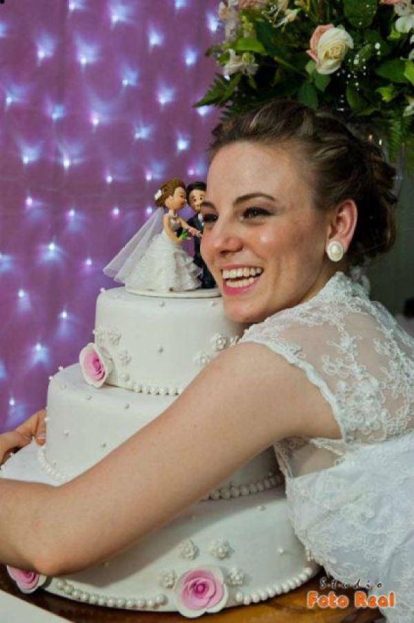 casamento-economico-12-mil-santa-catarina-decoracao-rosa-e-branca-faca-voce-mesmo (35)