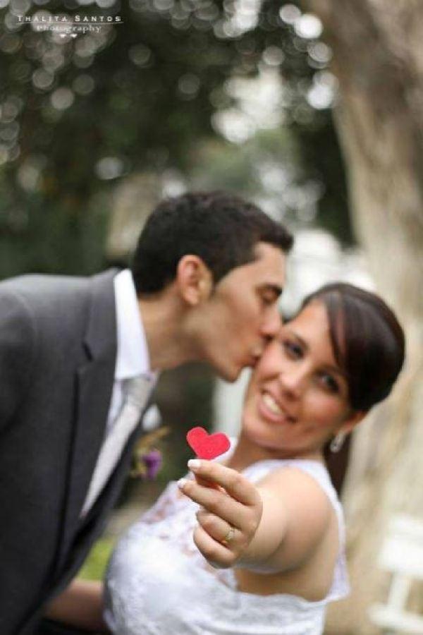 casamento-economico-pequeno-mini-wedding-de-manha-sao-paulo-sapato-roxo-decoraca-roxa-e-lilias (3)