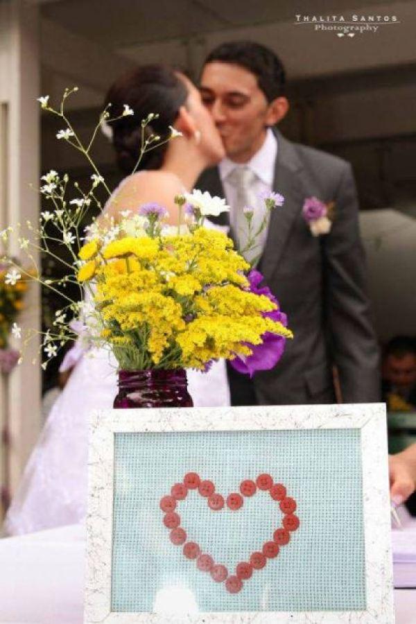 casamento-economico-pequeno-mini-wedding-de-manha-sao-paulo-sapato-roxo-decoraca-roxa-e-lilias (6)