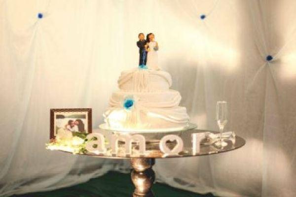 casamento-economico-interior-bahia-decoracao-sem-flores-azul-e-marrom (34)