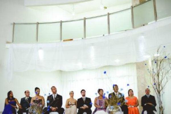 casamento-economico-interior-bahia-decoracao-sem-flores-azul-e-marrom (4)