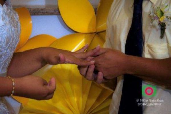 casamento-economico-manaus-amazonas-quintal-de-casa-decoracao-faca-voce-mesmo-amarelo-e-azul (28)