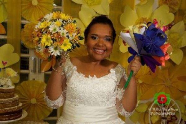 casamento-economico-manaus-amazonas-quintal-de-casa-decoracao-faca-voce-mesmo-amarelo-e-azul (29)