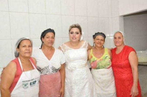 casamento-economico-parana-rustico-churrasco-vestido-da-china (11)