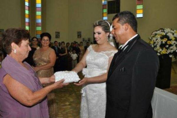 casamento-economico-parana-rustico-churrasco-vestido-da-china (5)