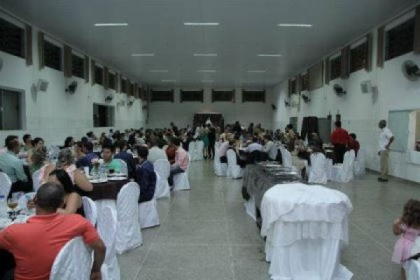casamento-economico-interior-sao-paulo-decoracao-com-flores (21)