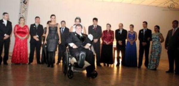 casamento-economico-noivo-cadeira-rodas-goias-faca-voce-mesmo (33)