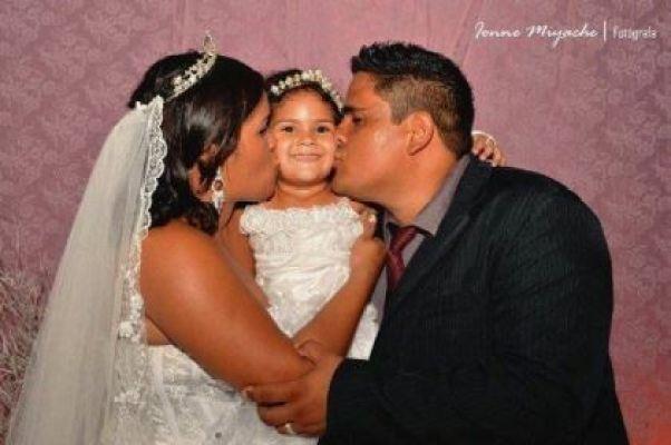 casamento-economico-Ionara-Vando-7-mil-casando-sem-grana (15)