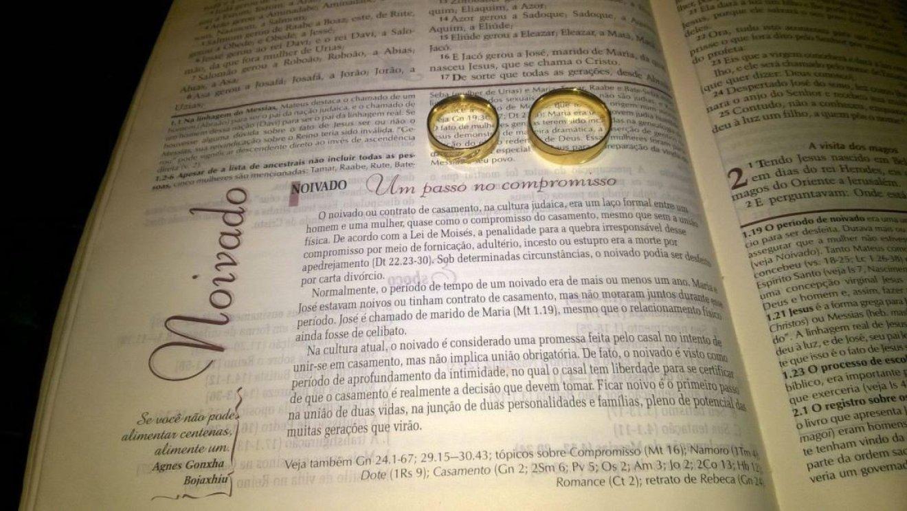 Noivado real e econômico Pollyanna e Éder
