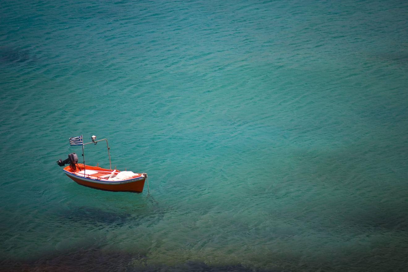 Como fazer sua lua de mel em Santorini, na Grécia, com economia