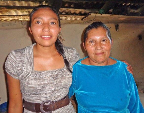 Maritza y Doña Rosa