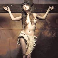 no orgasmo unes o sacro e profano e gemes como um canto gregoriano